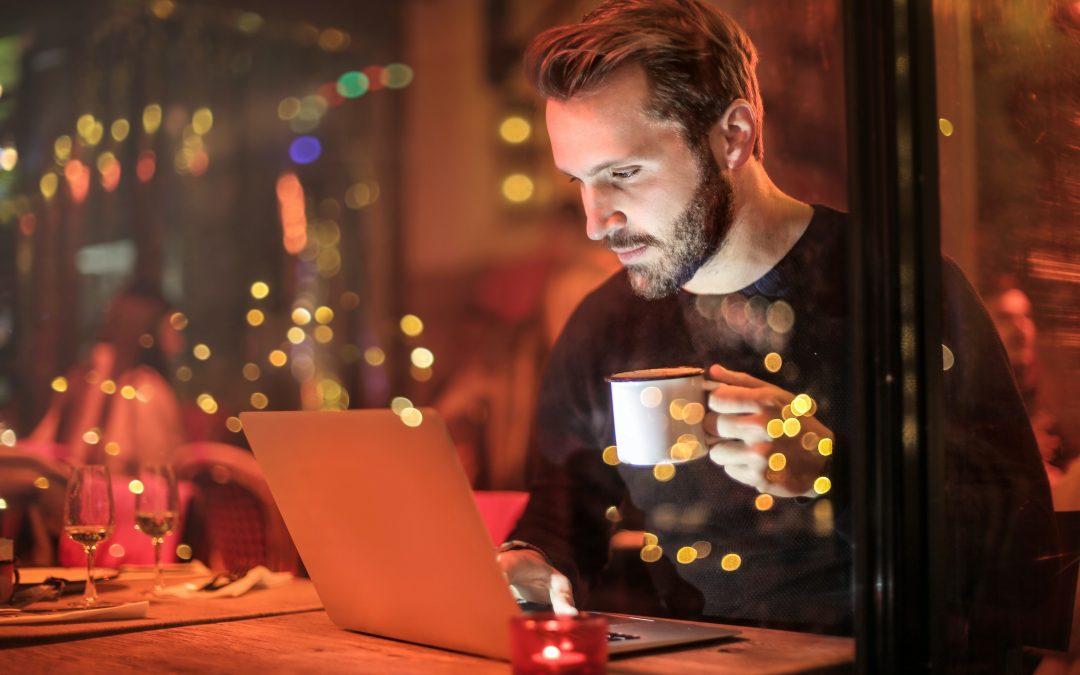 De voordelen aan een online opleiding volgen